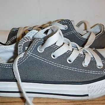 Boys girls youth converse All Star sneakers size 1