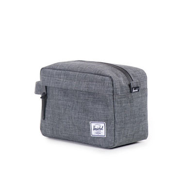 HERSCHEL SUPPLY CO CHAPTER TRAVEL KIT IN CROSSHATCH NAVY
