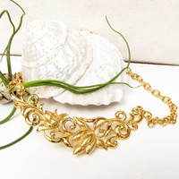 Vintage Gold Flower Chain Avon Necklace Choker