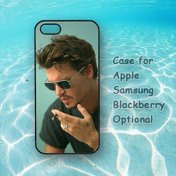 Johnny Depp Cover iPhone, iPod, Samsung Galaxy, Sony, HTC, Blacberry Case