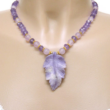 Carved Amethyst Leaf Pendant Necklace Handcrafted Gemstone Short Gold
