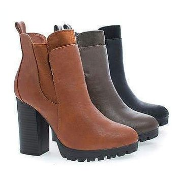 Kimber04 By Wild Diva, Almond Toe Lug Sole Slip On Chelsea Stacked Heel Ankle Boots
