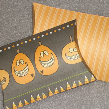 Halloween Trick or Treat Pillow Favor Box for Weddings, Birthday Parties, Pillow Box