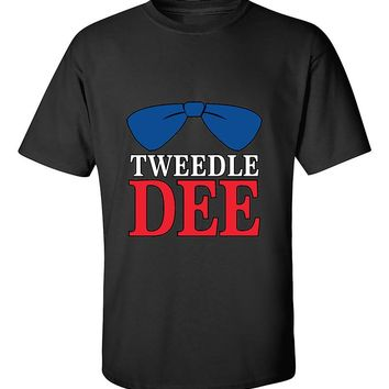 Tweedle Dee RED Funny Couples Valentine's Day Gift T-Shirt