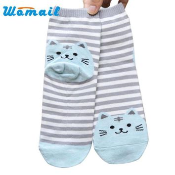 2017 Socks Womail Newly Design Cute Cartoon Cat Socks Striped Pattern Women Cotton Sock Winter Drop Shipping Free Shipping