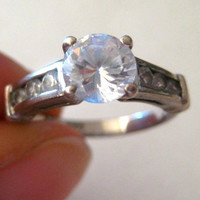 Vintage sterling silver clear Crystal ring, size 5