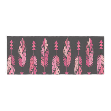 "Amanda Lane ""Painted Feathers Gray"" Pink Dark Bed Runner"