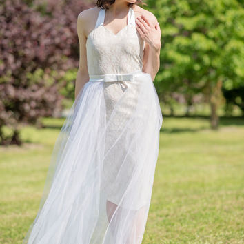 Modern bride - tulle overskirt / overlay skirt / tulle layers / bridal overskirt / wedding overskirt / tulle skirt / detachable tulle skirt