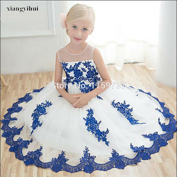 Latest Lovely Design Sleeveless Appliques Flower Dress Little Girl Ball Gown Organza Professional Designer Competitive Price