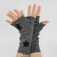 Fingerless Gloves in Stone Grey Cashmere with Black Stars - Upcycled Wool