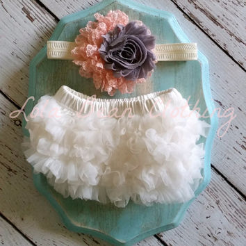 Baby Girl Bloomers Ruffle Diaper Cover Grey Peachy Pink Ivory Headband Set 0 3 months Photography Prop Newborn Take home outfit Baby