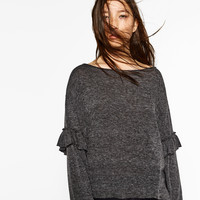 SWEATER WITH FRILLED SLEEVES DETAILS