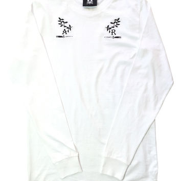 WHITE DEFEND LONG SLEEVE