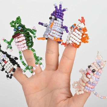 Set of 5 handmade bead woven animal finger puppets colorful for home theater