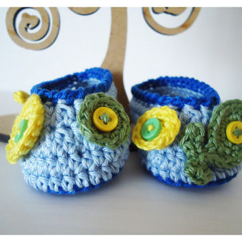 "Crochet Baby shoes, Baby shoes, Custom baby shoes, fashion baby shoes, baby accessories with fish applications - Up to 12 cm (4.7"")"