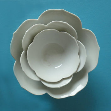 Medium Size Lotus Bowl