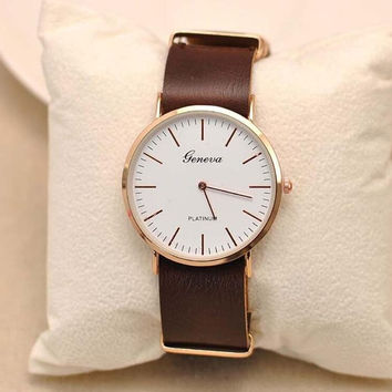 Fashion Lovely And High Quality Trendy Watch + Gift Box