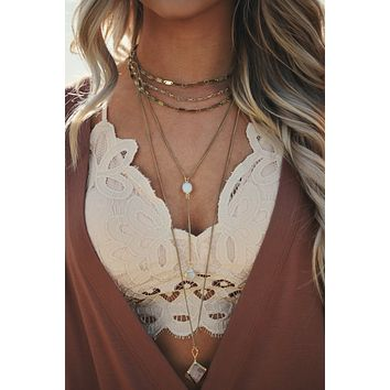 Enchanted Fountain Layered Choker Three Tiered Drop Necklace (Gold)
