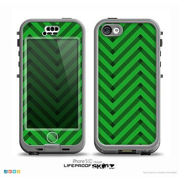 The Green & Black Sketch Chevron Skin for the iPhone 5c nüüd LifeProof Case