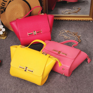Fashion bags on sale = 4493245956