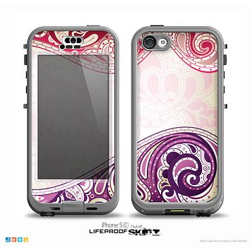 The Vintage Purple Curves with Floral Design Skin for the iPhone 5c nüüd LifeProof Case