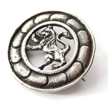 Vintage sterling silver Scottish lion brooch, Iona style, openwork design, lion rampant, heraldry jewellery, #227.