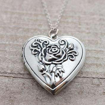 Antique silver locket photo heart necklace