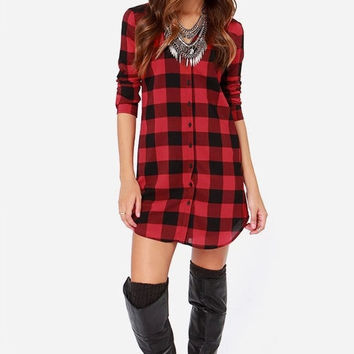 Red Plaid Long-Sleeve Button Collared Dress Shirt