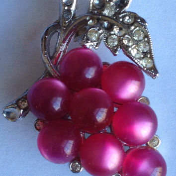 Lovely Coro Grape Cluster Brooch Spring Brooch