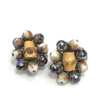 Hobe Cluster Earrings, Bamboo & Cream Beads, Dark Aurora Borealis Beads, Cha Cha Earrings, 1960s, Vintage Jewelry