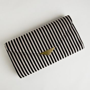 City Dreaming Clutch