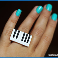 Music ring, Piano ring, Music jewelry, Keyboard ring, Black & white, Musical instrument ring, Piano player gift, Rectangular adjustable ring