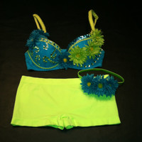 EDC, rhinestone & daisy Rave, Hippie, costume, dance, festival, bright turquoise blue lace and lime green bra, shorts and headband outfit