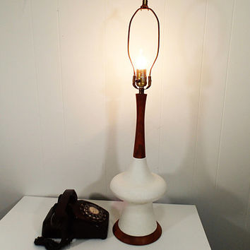 Mid Century Danish Modern Table Lamp, white textured ceramic organic body, walnut wood base and neck,