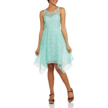 No Boundaries Juniors Lace Dress with Keyhole Back - Walmart.com