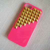 iphone 5 case, Golden studded iphone 5 case,Gold pyramid studs deeppink  Hard Case Cover,iPhone 5 case,case for Iphone 5 ,super shinning