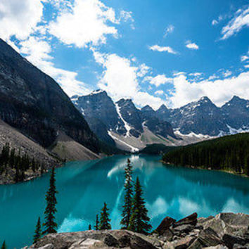 BEAUTIFUL NATURE PIC EMERALD MORAINE LAKE turquoise water pines 24X36