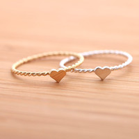 tiny HEART ring with twisted band, in 925 sterling(2 colors) | girlsluv.it