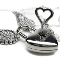 Engraved Angel Wing Necklace, Winged Heart Lock Necklace. Couples Silver Heart Skeleton Key Boyfriend Girlfriend Lovers Padlock Necklace Set