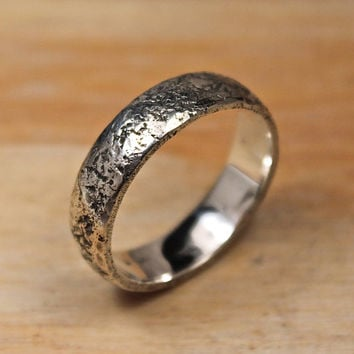 Hand hammered Silver band, Medieval Wedding Ring, Ancient Ring, Textured Ring, Forged Ring 5mm.