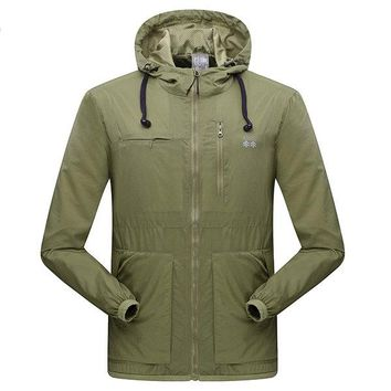 Portable Fall Thin Water Repellent Multi Pockets Hooded Jackets for Men