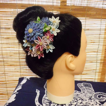 Colorful flower bouquet - blue, french rose, white - tsumami kanzashi HAIR COMB HEADPIECE