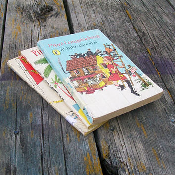 Vintage Books Pippi Longstocking Pippi Goes on Board Pippi in the South Seas by Astrid Lindgren 1969 1986 Lot of 3
