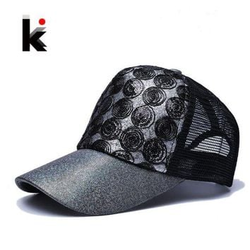 LMFG8W 2017 Girl 's Sun Cap Snapback Flashes Hip Hop Trucker Hat 5 Panel Breathable Mesh cap Summer Baseball Sun Hats For Women