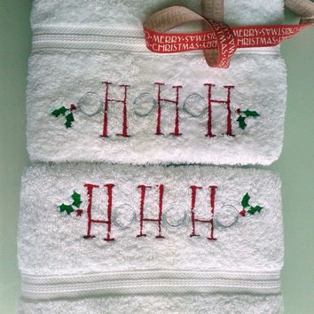 Christmas gift- towel set 2 pcs- christmas embroidey- guest towels
