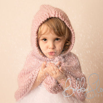 Handknit Toddler Poncho. 2T size. Pure wool. Cape with a hood. Ester. Pastel. Pink winter snow.  Handmade. Photo Prop. 24 months