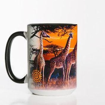 New GIRAFFES AT SUNDOWN 15 OZ CERAMIC COFFEE MUG   the mountain