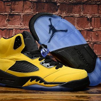 "Air Jordan 5 SP ""Michigan"" Sneaker"