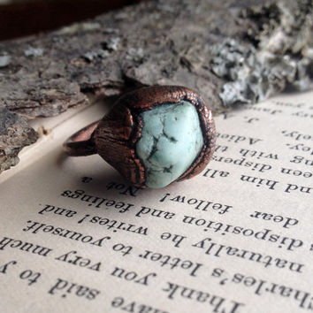 Oxidized Turquoise Howlite Ring - Size 5