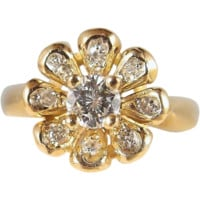 Delightful flower ring in 18K solid gold and diamonds Stamped French fine gold ring